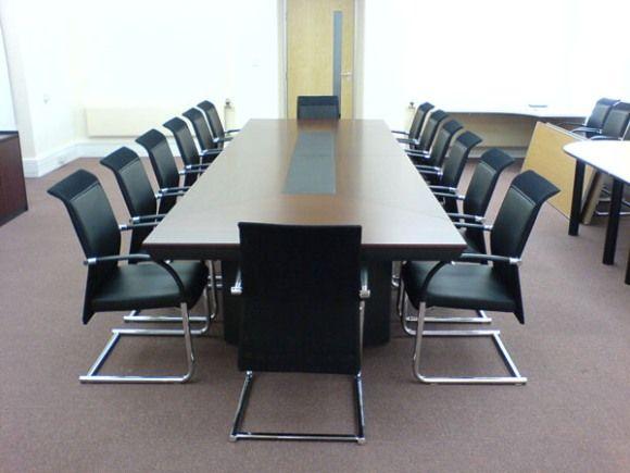 Shetug Avant Conference Table Installation Aerofoil Design