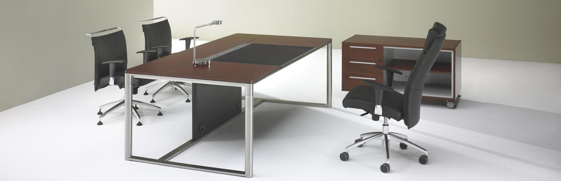Executive Desks & Tables